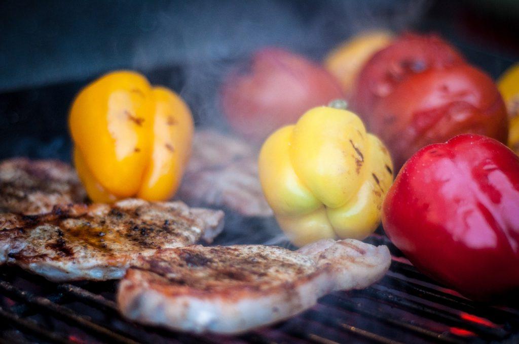 ירקות ובשר